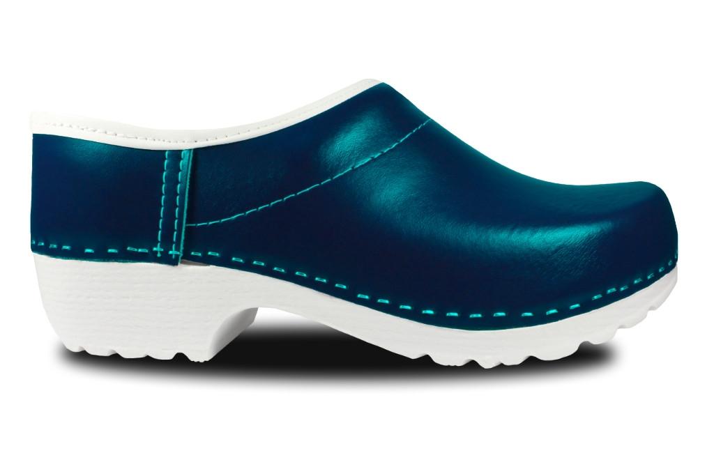Clogs mit PU-Sohle in Blau, geschlossen