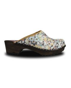 Holz Clogs in Floral Orange / Braun, offen